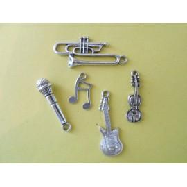 Lot de 6 breloques pendentifs thème musique