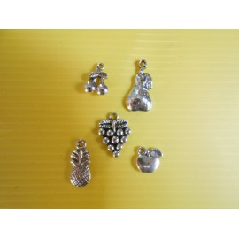 Lot de 5 breloques pendentifs thème fruit