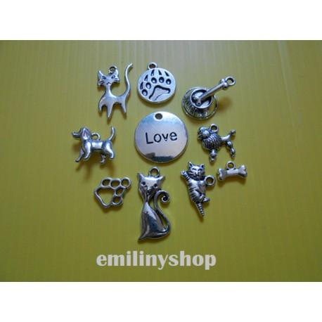Lot de 6 breloques pendentifs thème chien chat