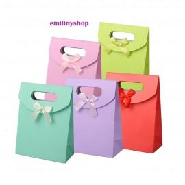 1 boite cadeau cartonnée sac sachet fantaisie