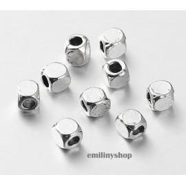 lot 50 perles entretoise intercalaire carré gris argent apprêt bijoux 4 mm